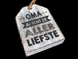 """Hanger label  """"oma aller liefste"""" antique white"""