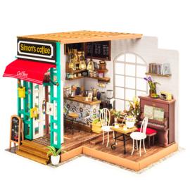 Robotime DIY house;  Simons coffeehouse