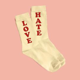 Love hate socks beige/red