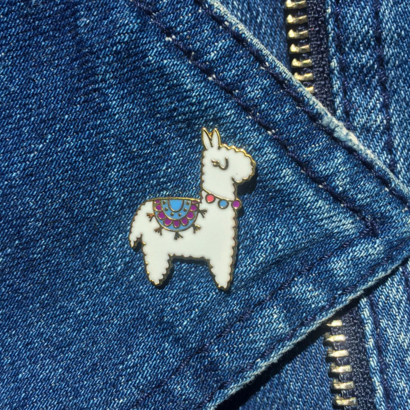Pin Alpaca Wit