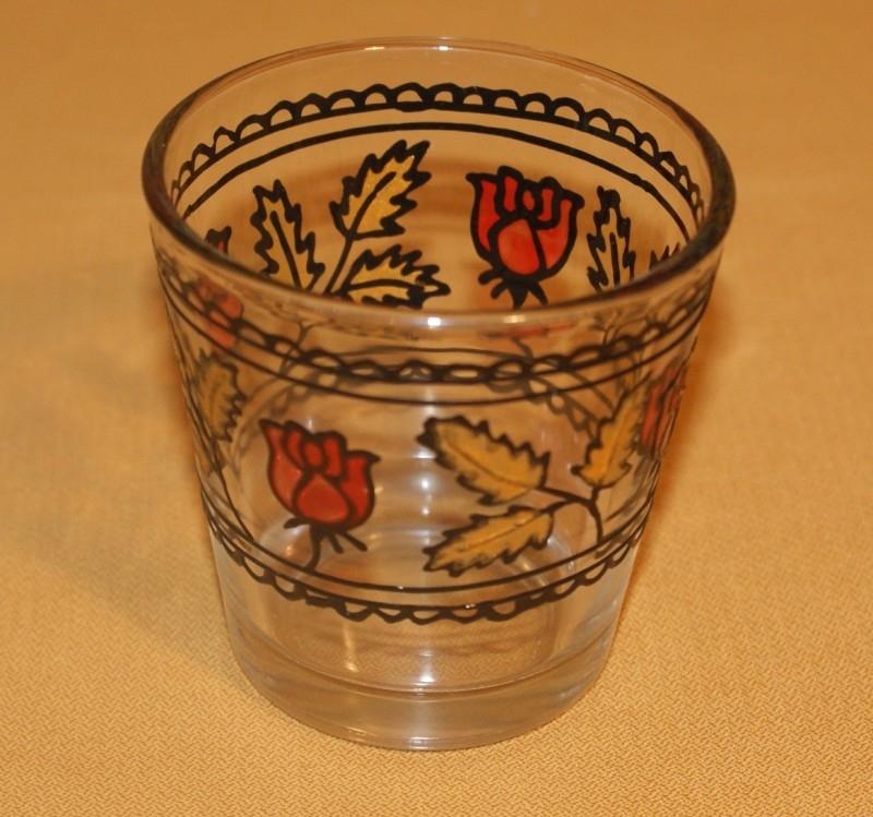 Glaasje voor theelichtje, roosjes en blaadjes