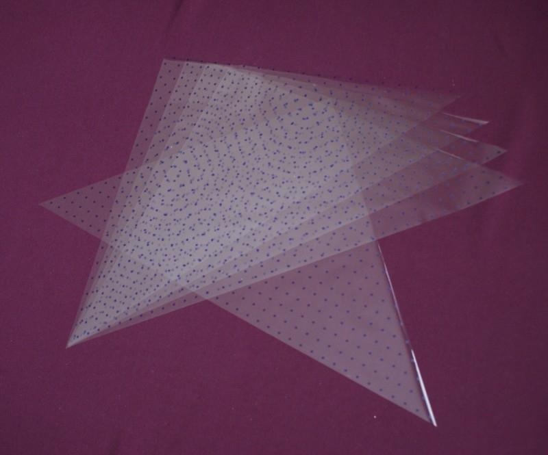 Handgesneden plastic driehoeken voor henna cones, 5 stuks