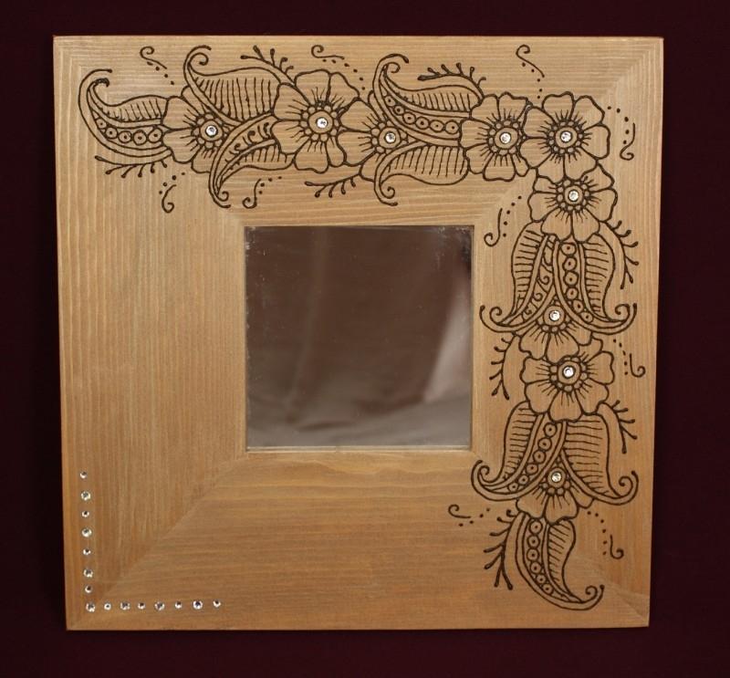 Spiegel met brede omkadering, 25 x 25 cm
