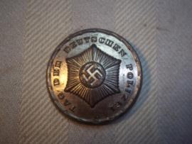 German tinnie, day of the police force. Duitse tinnie Tag der Polizei