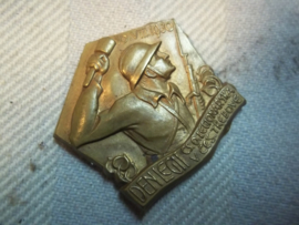 Speldje  Legionair trebove  10-8-1930.