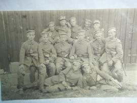 Photograph German soldiers with karpathen badge on cap. Duitse groepsfoto