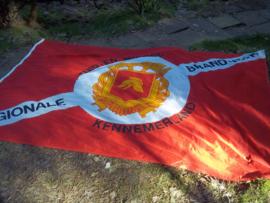Dutch flag firedepartment, big size. Nederlandse vlag van de Regionale Brandweer, Zuid en Midden Kennemerland, met het oude embleem van de Nederlandse brandweer, grote maat vlag