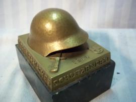 Swiss shooting price Luzern 1939 bronse helmet. Zwitserse schietprijs Wehrmannstich 1939