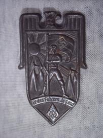 German tinnie, rally badge, Duitse tinnie Für des Führers Jugend. Hitler- Jugend.