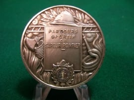 French medal fire department. Sport penning Franse brandweer Sapeur Pompier verzilverd