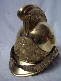 French fire helmet, Franse brandweerhelm. model 1855, gemodificeerd in 1872, geheel compleet, met binnenwerk en leren stukken, die zijn altijd weg of eruit Zeldzaam stuk. zo van de familie gekocht. TOP.