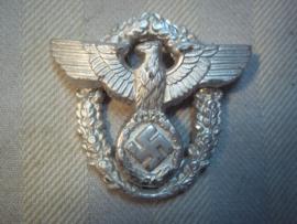 German police capbadge officer. Duits politie petembleem officiers uitvoering, mooi opgelegd, in zeer goede staat.