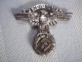 German cap badge of the NSKK, nicely marked. Duits petembleem van de NSKK Nationaal Socialistisch Kraftfahrt Korps, RzM gemarkeerd met M nummer. zeer nette staat zeldzaam embleem.