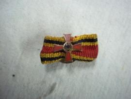 German buttonhole medal Bundes republik Deutschland, Duitse knoopsgat medaille naoorlogs geemailleerd.