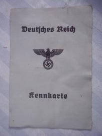 Duitse Kennkarte, mooi gestempeld, met foto en vingerafdrukken, zeer decoratief document.
