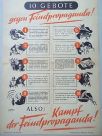 Duits uithangaffiche, poster 10 geboten gegen Feindpropaganda. uitgegeven door het Obercommando van de Wehrmacht. Plaat. poster is opgeplakt op een stuk karton.