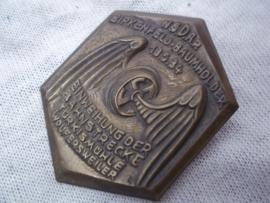 German tinnie, rally badge Duitse tinnie NSDAPBirkenfeld Baumholder 13-5-1934 Einweihung der Bahnstrecke Türkismühle Wolfersweiler. Zeldzame tinnie hakenkruis in wiel met vleugels Reichsbahn.