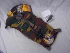 ABBL Camelbak gebruikt door Commando's en elite eenheden met extra drinktuit NAVO verstrekt Belgische camouflage