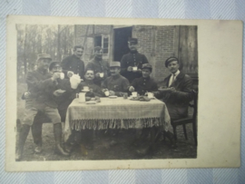 Belgische foto- briefkaart, Krijgsgevangenen in WO1, achterkant beschreven Kriegsgefangene Post