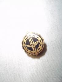 Button hole pin Belgium prisoner of war.Knoopsgat embleem Belgische Krijgsgevangene.