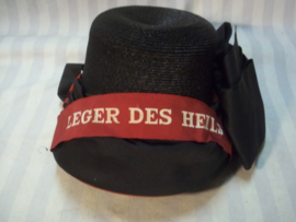 Dutch female cap of the Salvation Army,  Vrouwenhoedje van het Leger des Heils, decoratief