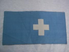 Blue armband of the german Air defence member of the Red Cross. Typische blauwe armband van een lid van het DRK Rode kruis die dienst deed bij de Luftschutz. 18 geeft de maat aan zeer bijzonder en apart. je hebt verschillende typen.