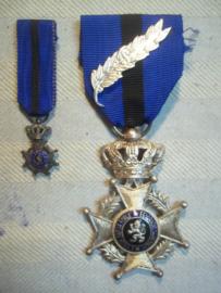 Belgische Leopold Orde met miniatuur 2 talig, Eendracht maakt macht, L'union fait la Force. miniatuur is alleen in het Frans. met palmtak Leopold.