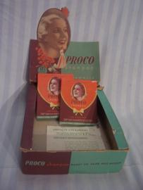 Display kartonnen doos voor haarverf, jaren 60-70, met nog 2 verpakkingen Merk PROCO. zeer leuk en decoratieve afbeelding typisch uit die jaren, goede staat.