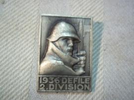 Swiss badge defile 1936 2nd Division Zwitsers embleem 1936
