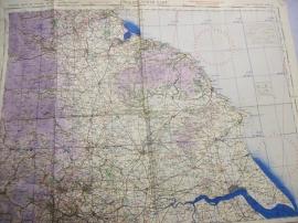 RAF map England North East, 1942. Landkaart RAF op linnen gedrukt