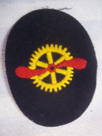 German Navy  qualification badge. Duits mouwembleem 1915 - Kaiserliche Marine Flug- Mechanikergasten, met datum 8-12-15, staat ook achterop het embleem MINT staat