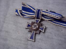 German miniature Mothercross. Duitse miniatuur medaille, draagmedaille van het bronzen Moederkruis. emaille is onbeschadigd.