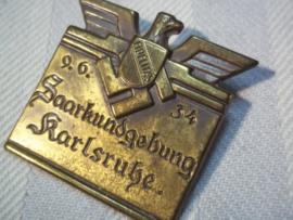 German tinnie. Saarkundgebung Karlsruhe, 9-6-34.