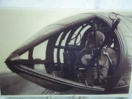 Original Photograph of a German airgunner.Originele Luftwaffe foto boordschutter Met DDR militair archief stempel en Feldpost stempel.