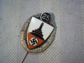 German pin 25 years Kuyffhauserbund, nicely marked, Duits draagspeld 25 jaar oudstrijders vereniging
