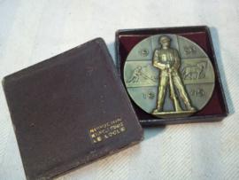 Swiss medal, Zwitserse medaille La commune de la chaux-du-milieu reconnaissante a ses soldats 1939-1945