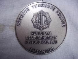 Dutch police medal. Nederlandse politie medaille Reserve gemeentepolitie pistool schieten Enschede