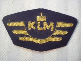 Dutch capbadge KLM pilot. Nederlands pet embleem KLM piloot, met gouddraad