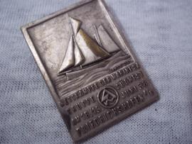 German tinnie, rally badge, Duitse tinnie Wettkämpfe der Marine SA, Gruppe Sudwest am 18/19 juni 1938 Friedrichshafen, met maker.