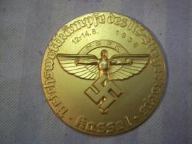German plaques, gilt, medal NSFK Reichswettkampf des NS Fliegerkorps Kassel 1938 light metal. Aluminium penning plaquette National Socialistisch Flieger Korps. verguld.