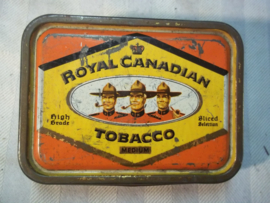 Tin tabacco box with 3 Canadian Mounties Royal Canadian Tobacco. Tabaks doos  Canadeese politie.