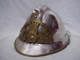 French fire helmet mdl 1926. Franse brandweerhelm model 1926 gebruikt tot 1970 zeer nette staat.