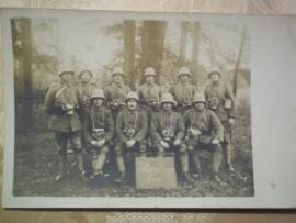 German photo ,Duitse foto stoottroepen met gasmasker WO 1.