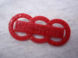 German tinnie, rally badge Duitse tinnie Kreistreffen 1937 Bielefeld Stad NSDAP, rode plastik uitvoering.