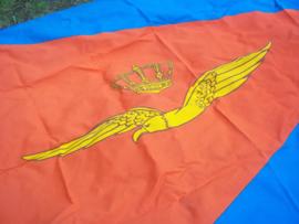Nederlandse vlag Koninklijke Luchtmacht,zeer groot model bijna mint staat.