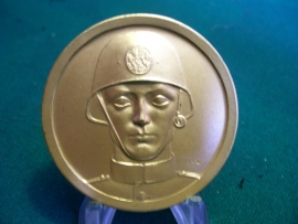 Dutch medal, Nederlandse penning, met Hollandse soldaat, uitgegeven in 1941. ZELDZAAM, RARE
