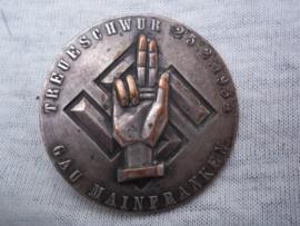 German tinnie, rally badge, Duitse tinnie, Treueschwur 25-2-1934- Gau Mainfranken.