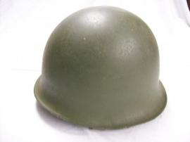French helmet, fifties, Franse legerhelm uit de jaren 50 met binnenhelm,