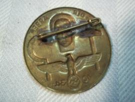 German tinnie tag der arbeid 1934.