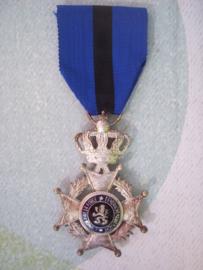 Belgium Leopold II medal, 2 languages. Belgische medaille leopold orde tweetalig
